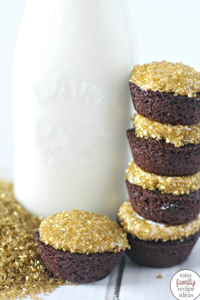 The Best Gold Brownies, St. Patrick's Day Brownies, St. Patrick's Day Snacks, You can include these tasty treats alongside any St. Patrick's Day Desserts for a little Pot of Gold Snack. Easy St. Patrick's Day Recipe or serve these Brownies for a New Years Eve Snack