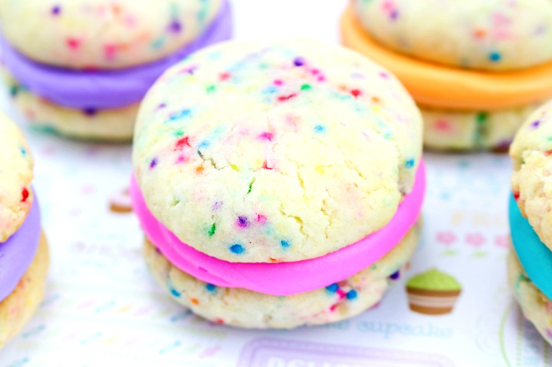 The Best Cake Mix Whoopie Pies You'll Ever See and Eat, These Funfetti Whoopie Pies are perfect for a Unicorn Party or Mermaid Snack idea, Serve Rainbow Whoopie Pies for any Birthday Party or Kids Snack, this Easy Recipe for Whoopie Pies is Amazing! Whoopie Pies with Cake Mix for the Win!