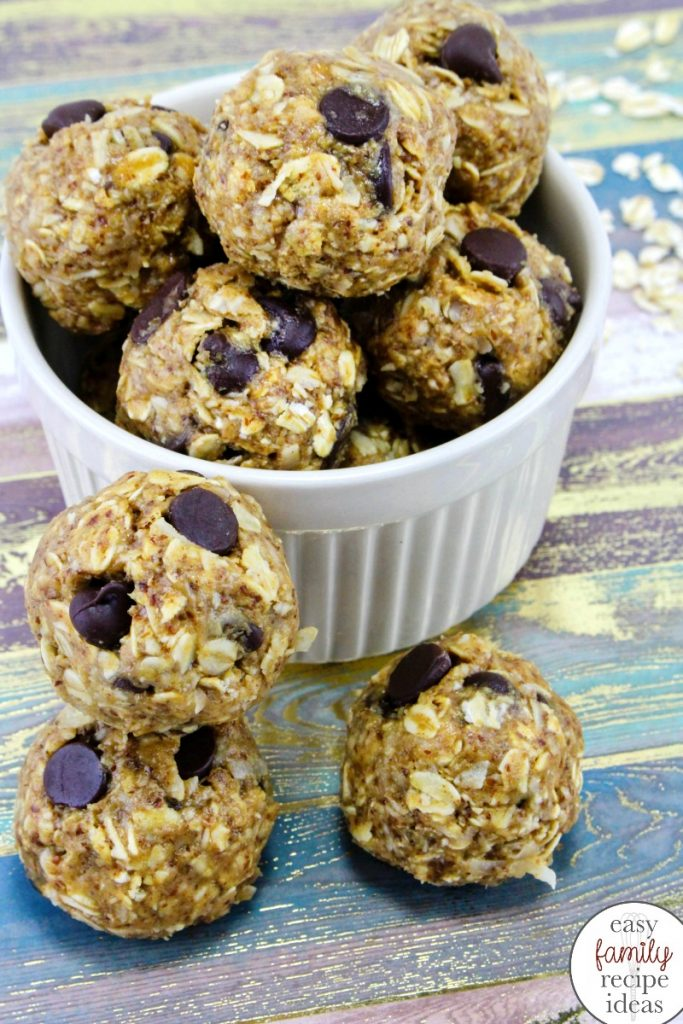 These delicious bite size No Bake Energy Balls are the perfect healthy snack! No Bake Energy Bites, This healthy energy balls recipe makes a quick and easy snack, These no bake chocolate oatmeal balls are healthy, protein-packed energy balls, chocolate peanut butter energy balls