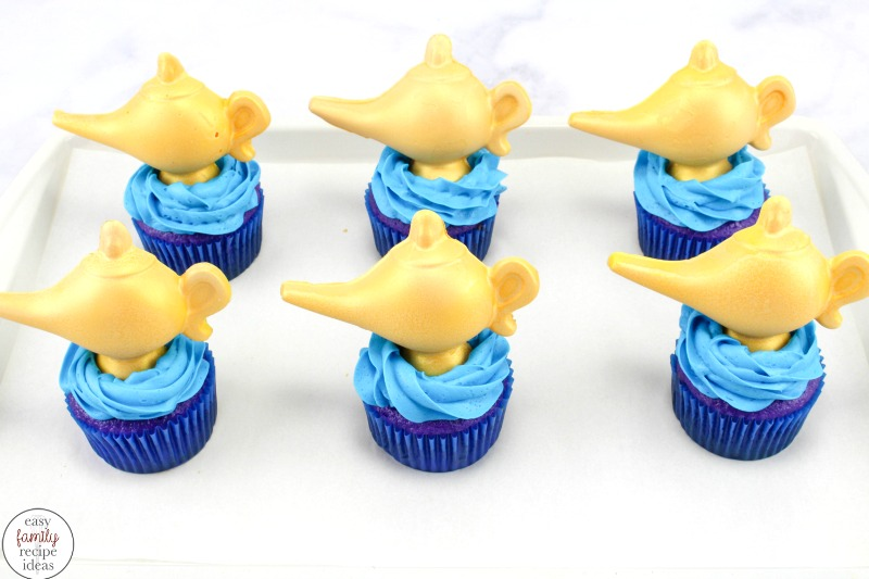 These Easy Aladdin Themed Cupcakes are perfect for anyone that loves Aladdin. If you are planning a fun Aladdin Arabian nights party these Aladdin Cupcakes are perfect with a delicious chocolate Aladdin cupcakes genie lamp, Aladdin Cupcakes Arabian Nights Party food,