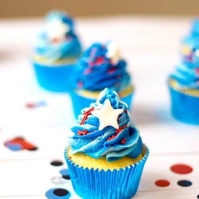 Patriotic Cupcakes – Easy Patriotic Desserts