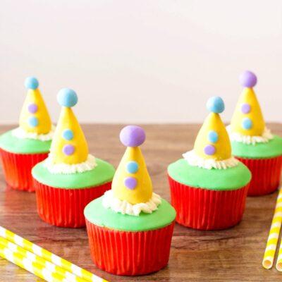 Circus Cupcakes – Fun Circus Theme Birthday Party Cupcakes