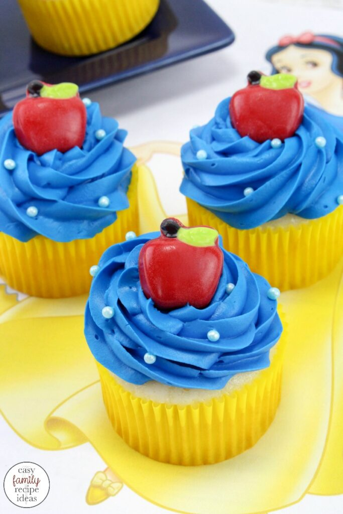 These Disney Princess cupcakes are so simple and easy to make. Not too mention, totally delicious and fun as well! Try some today! If you're looking for Disney cupcakes, you've come to the right place. You'll find Frozen Cupcakes, Ariel, Princess Jasmine, Snow white cupcakes and so many more. These Easy Disney Cupcake Ideas are perfect for a Disney themed party, birthday food idea or Disney movie Snack idea.