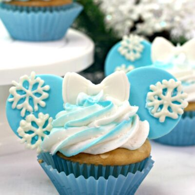 Disney Frozen Cupcakes Recipe Perfect Frozen Themed Birthday Party Food Idea