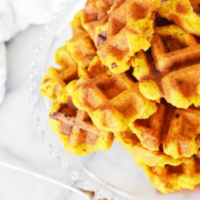Pumpkin Apple Waffles Recipe Everyone Loves to Eat