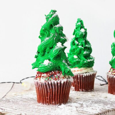 Christmas Tree Cupcakes – These Christmas Cupcakes are The Best