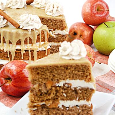 Apple Pie Cake Recipe with Caramel Sauce